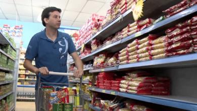 Foto de Coronavírus esvazia prateleiras em supermercados, mas não há crise de desabastecimento